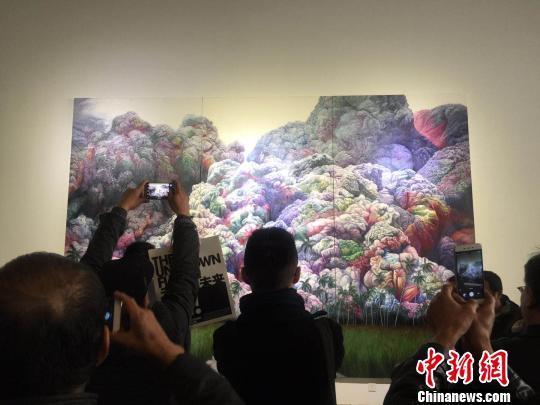 万博体育软件下载链接国际视觉艺术实验展开展:西方视角碰撞中国万博manbext体育